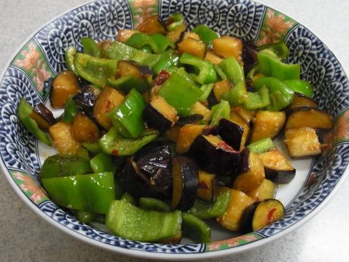 110716-030茄子とピーマンの甘辛味噌炒め(縮小)