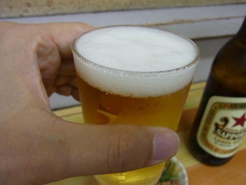 110819-003一人乾杯(縮小)