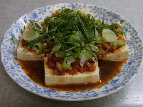 110827-030桃ラーキムチ豆腐(縮小)