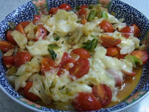 110828-020キャベツとトマトのチーズ焼(縮小)