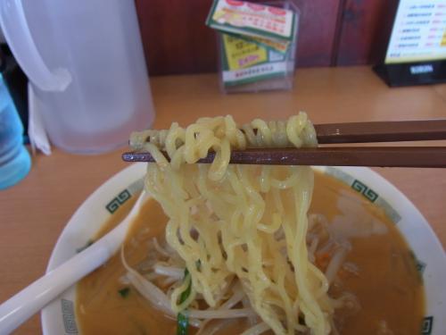 110917-105麺上げ(縮小)