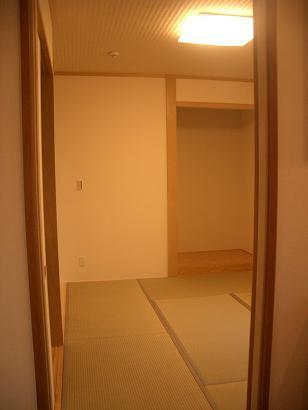 竣工和室入口
