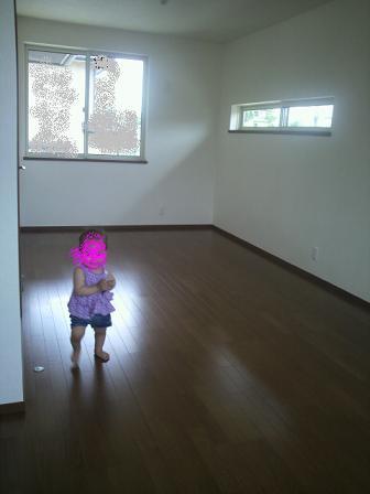 ミディアムオーク子供部屋
