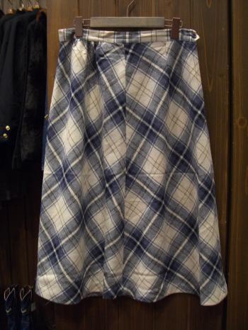 ウールスカート白×青