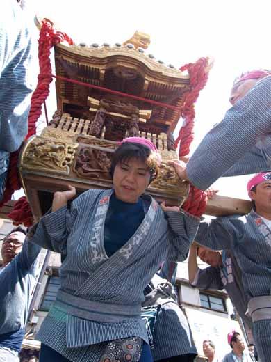 20100606tennousai_135m.jpg