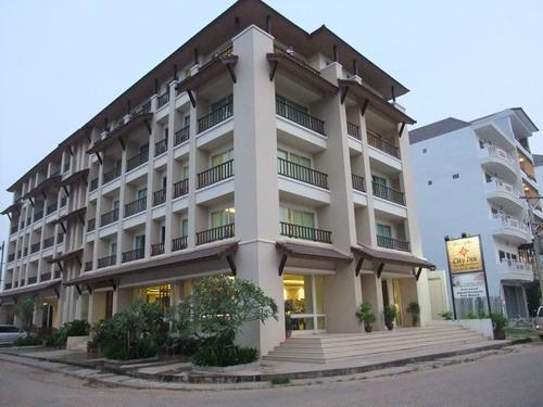1-Laos hotel 3
