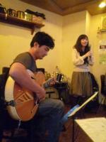 受講者ギターとボーカル