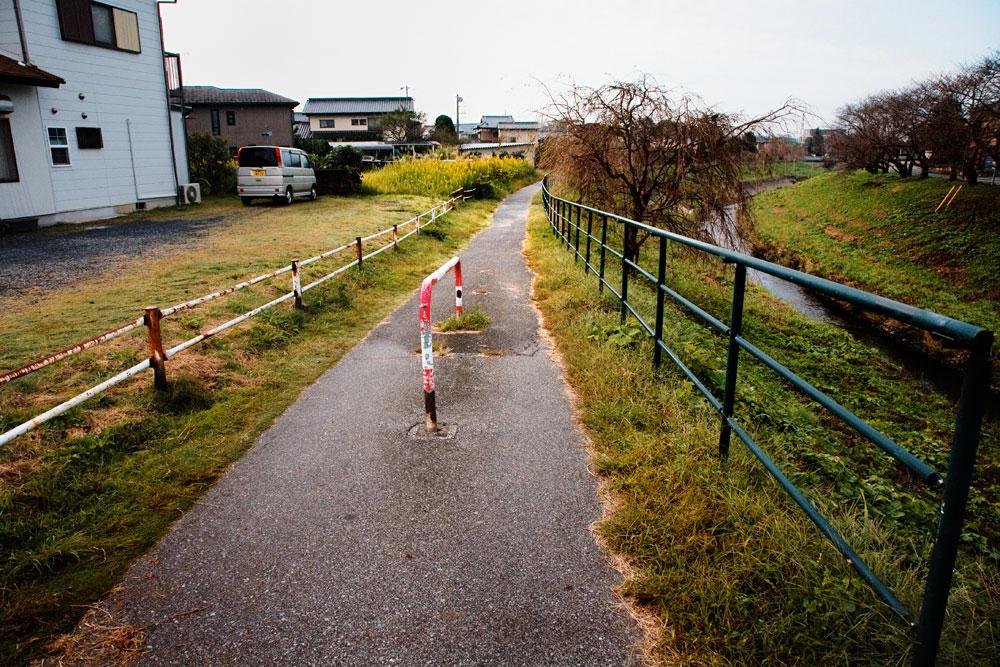 MOBARA3-03.jpg