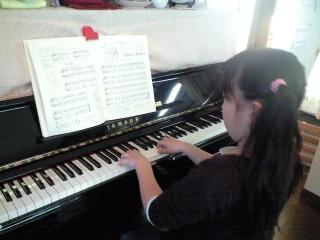 091022ピアノ実織