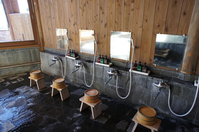 菱野温泉洗い場