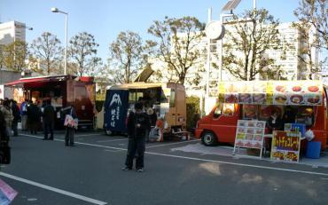 コミックマーケット(コミケット)81 富士宮焼きそば