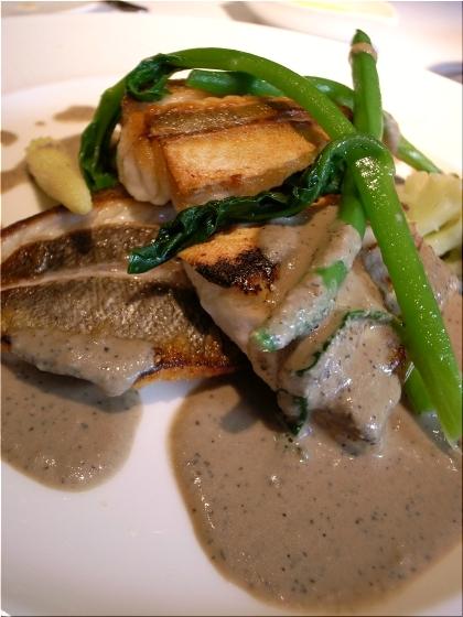 オーボナクイユ 魚料理