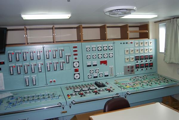 荷役制御室