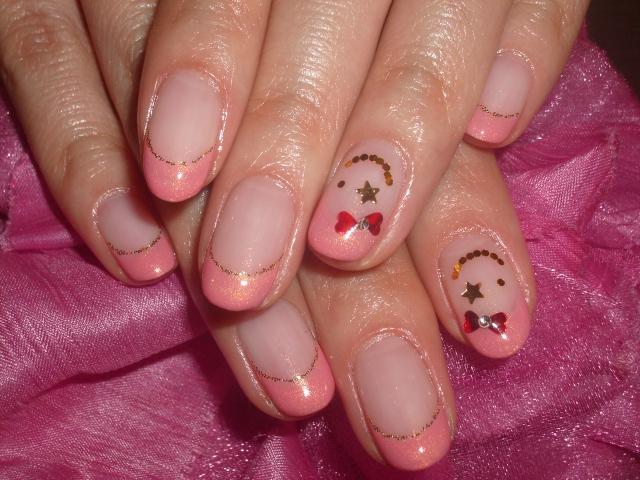 ピンクフレンチラブリーニコちゃんネイル