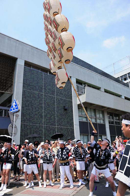 秋田竿燈祭り2_