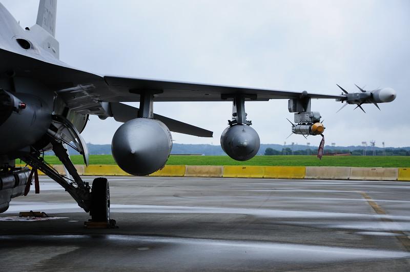F-16C_3_.jpg