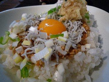 納豆しらす丼