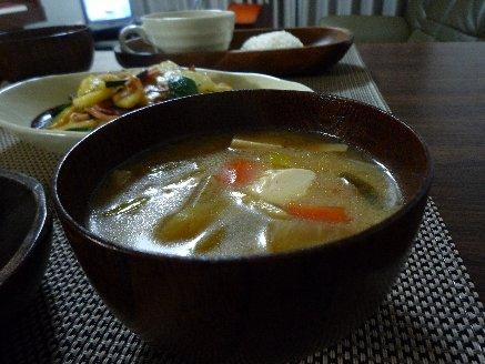 100109根菜の味噌汁