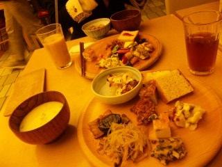 blog043_food.jpg