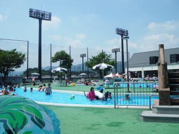 夏だプールだ!
