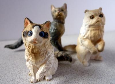 猫フィギュア2