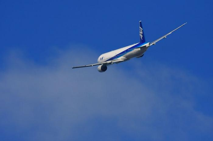ANA B777-381 ANA16@エアフロントオアシス(by 40D with SIGMA APO300/2.8EX+APO TC2x)