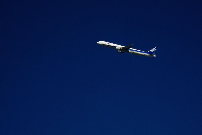 ANA B777-381 ANA105(by IXY DIGITAL 910IS)