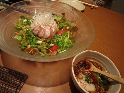 鶏ささみの温玉ユッケサラダ