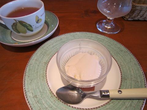 紅茶のブラマンジェ