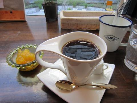 食後のコーヒー&ミニデザート