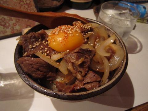 トロトロ牛スジ丼