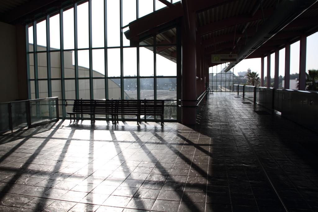 朝のベイサイド・ステーション