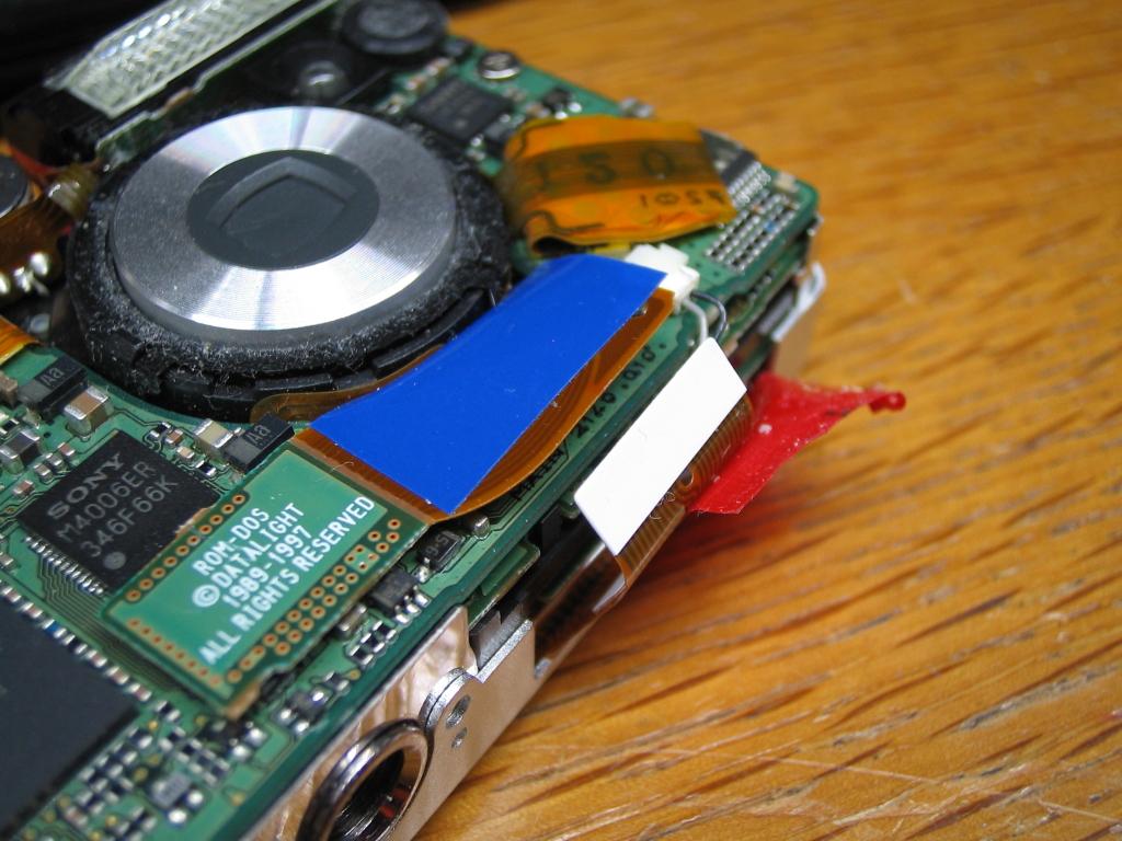 IXY DIGITAL L 液晶表示故障-2