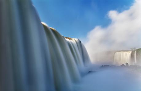 イグアスの滝やけども