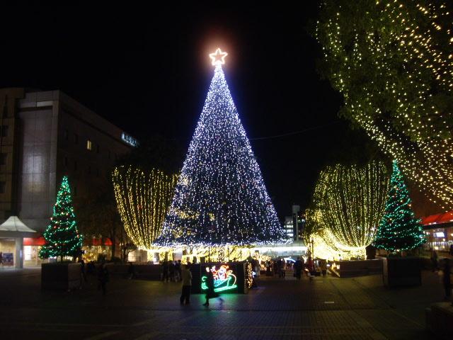 多摩センターの大きなツリー