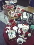 スタバの冬の試飲会やってたので、サービス残業帰りに寄ってみた。クリスマス系の品々やら