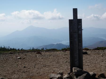 31東吾妻山から磐梯山50