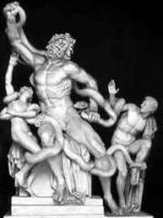 レプリカのラオコーン (ヴァチカンのピオ・クレメンティーノ美術館回廊)