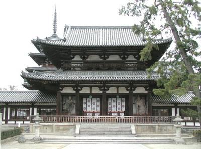 法隆寺中門金剛力士像