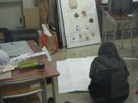 午後の授業が終わった4時30分から、4時間たっています。