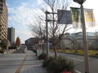 兵庫県立美術館は、阪神電車「岩屋駅」からが近くて便利。