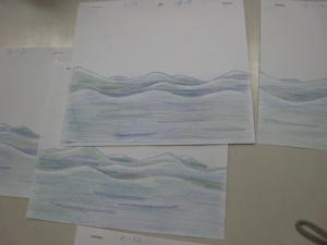 色鉛筆で波を描く2