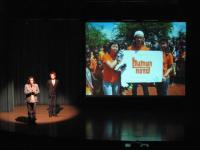 寺尾さんがステージで挨拶してくださいました。
