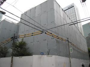 堂島小学校旧校舎解体始まる