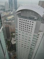 ハービス大阪をこんなアングルで見ることができる