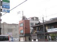 ファミリーマート塚本祇園東山