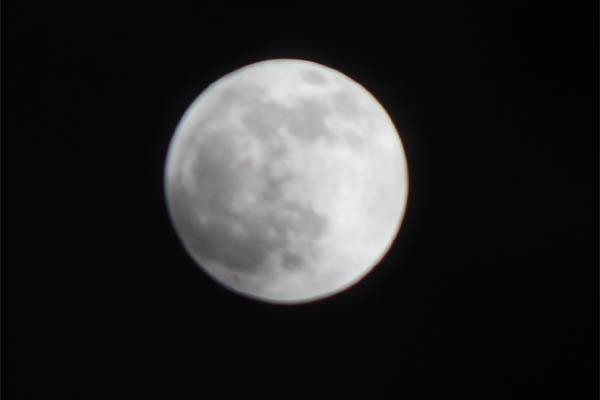 i_moon001.jpg