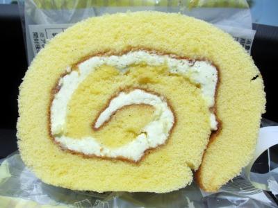 オカレモンロールケーキ