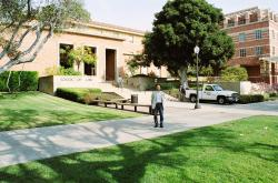 UCLAro-suku-ru.jpg