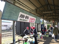 朝市 001